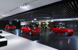 The lobby of Mazda's headquarter building was renovated to better represent the Mazda brand and make it a more comfortable space for visitors. It was the first renewal in 11 years.