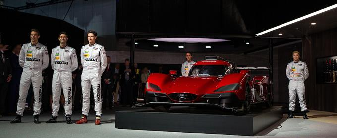 World Premiere of the Re-engineered Mazda6 at the LA Auto Show