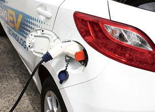 Using the 200-V charging cable, the Demio EV can be charged in much the same way as other household appliances. It can be fully charged in approximately eight hours from the point at which the low-battery warning light comes on. It also features Remote Charge mode that allows the owner to set the start and stop time for charging and Timer Charge mode that charges the vehicle at a pre-set time.