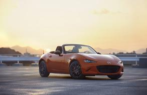 Unveils MX-5 Miata 30th anniversary edition at Chicago Auto Show