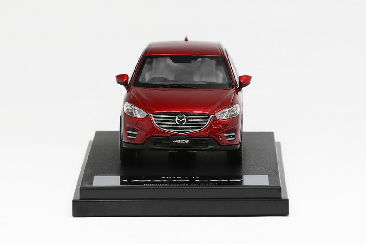 CX-5(2015) モデルカー 1/43 100周年限定モデルのフロントビュー