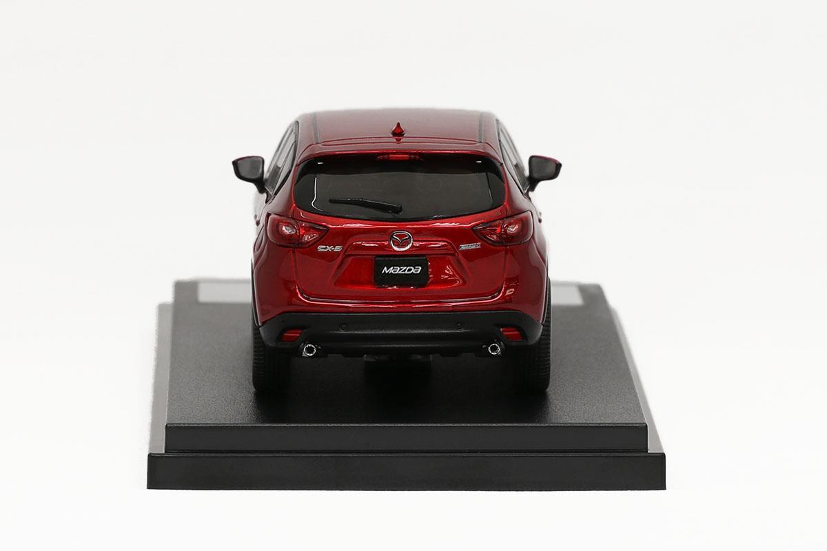 CX-5(2015) モデルカー 1/43 100周年限定モデルのリアビュー