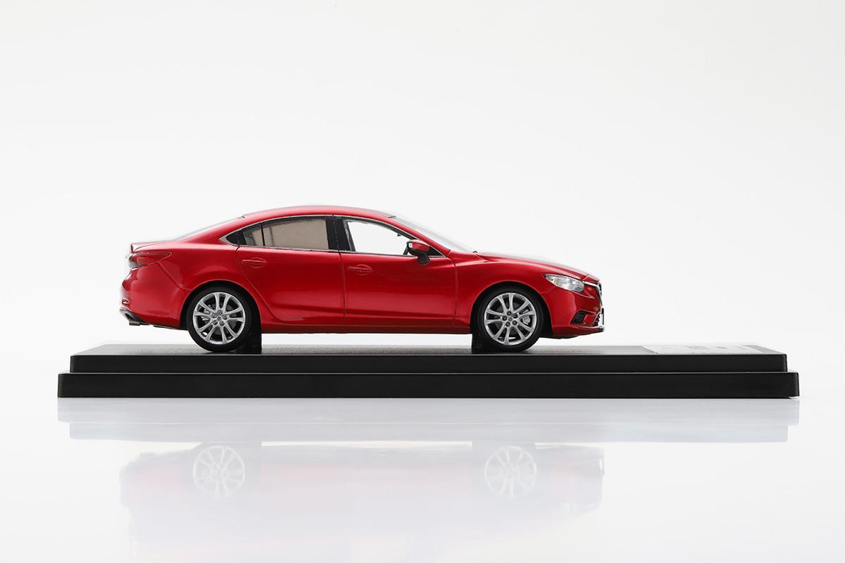 ATENZA GJ  モデルカー 1/43 100周年限定モデルのサイドビュー