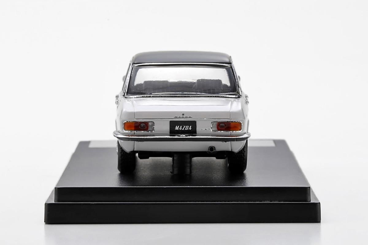 ルーチェSS モデルカー 1/43 100周年限定モデルのリアビュー