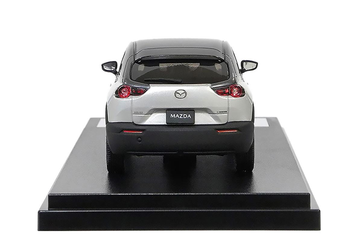 MX-30 モデルカー 1/43 100周年限定モデルのリアビュー