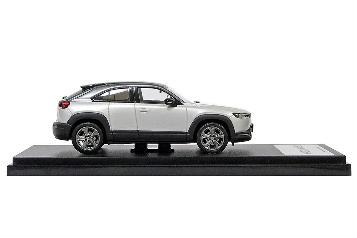 MX-30 モデルカー 1/43 100周年限定モデルのサイドビュー