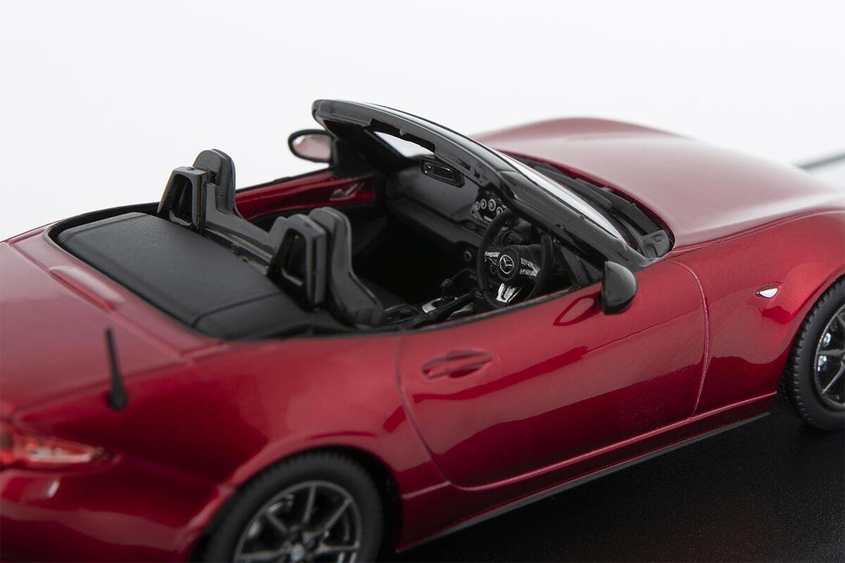 ROADSTER ND モデルカー 1/43 100周年限定モデルの詳細写真