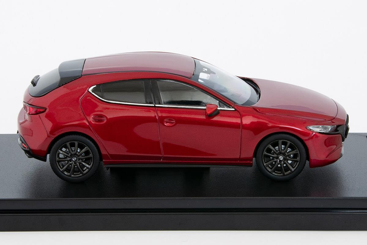 MAZDA3 モデルカー 1/43 100周年限定モデルの詳細写真