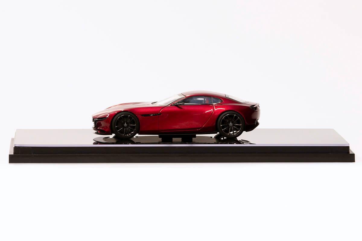 RX-VISION モデルカー 1/43 100周年限定モデルのサイドビュー