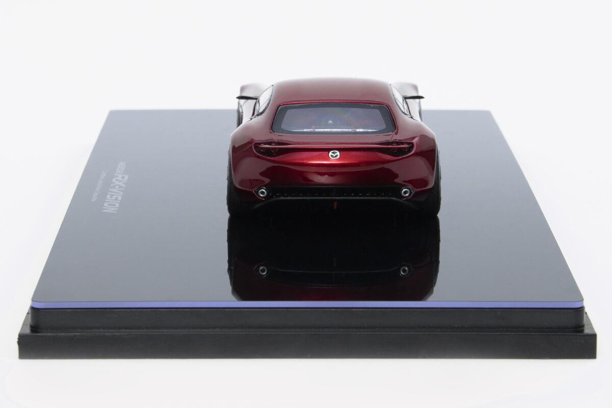 RX-VISION モデルカー 1/43 100周年限定モデルのリアビュー