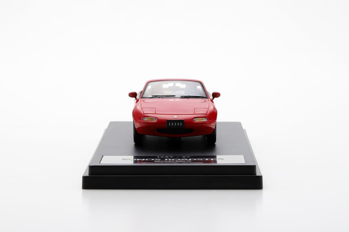 EUNOS ROADSTER NA モデルカー 1/43 100周年限定モデルのフロントビュー
