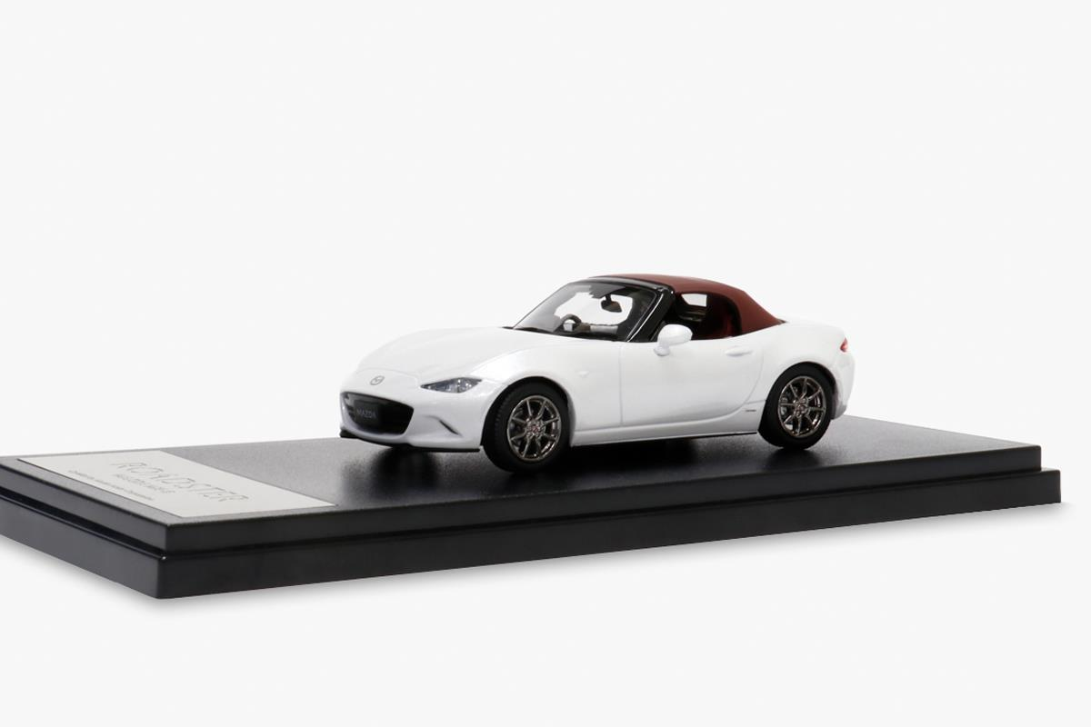 ROADSTER ND 100周年特別記念車仕様 モデルカー 1/43 100周年限定モデル