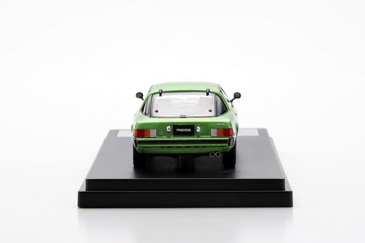 サバンナ RX-7 SA モデルカー 1/43 100周年限定モデルのリアビュー