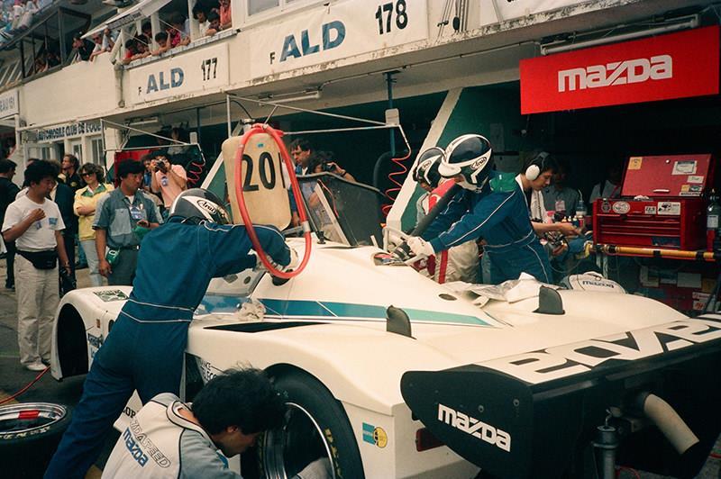 Mazda 767 1988
